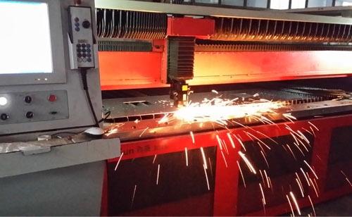 光纤激光数控切割机加工速度和优势