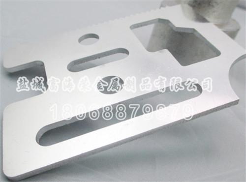 新泰铝板激光切割